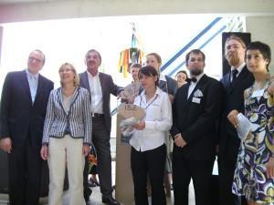 Rektorin Ursula Gather mit Spendern und Geldgebern des IBZ beim Deckenfest. Foto: Robert Zapp