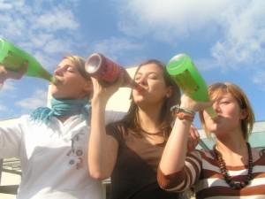 Ex und weg! Die Party-Macher voll in Form. Foto: Maurits Malgo