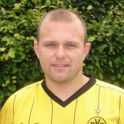 Marcel Gomolenski, (29 Jahre, selbständiger Dachdecker)
