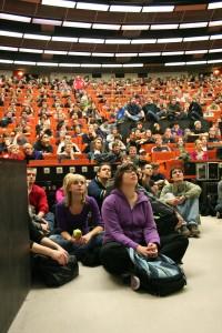Erwartungsvoll: Die Studenten in Dortmund