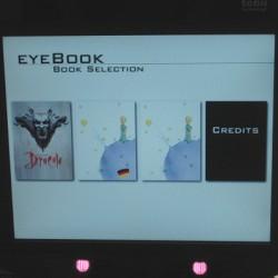 Der Eye-Tracker zeigt, welche Bücher verfügbar sind. Foto: Marc Patzwald