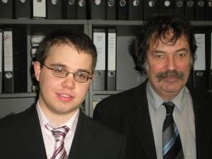 Dominik Wied mit seinem Doktorvater Walter Krämer. Foto: Martina Vogt