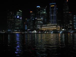 Die Skyline von Singapur bei Nacht, Foto: Thorsten Riechers