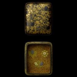 Kógó, eine japanische Dose für Räucherwerk aus der Momoyama-Zeit um 1600.