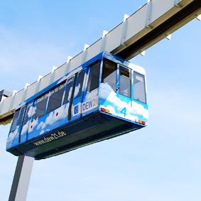 Nahverkehr in der Luft - in Dortmund ist das mit der H-Bahn bereits Realität. Foto: Tatiana Beck