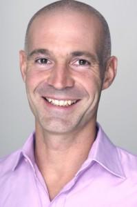 Stefan Frädrich ist Mediziner, Betriebswirt, Motivationstrainer und Bestsellerautor.
