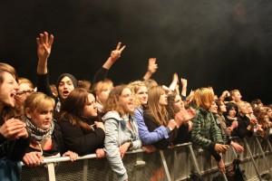 Die Donots mögen die Nähe zu ihren Fans. Foto: Brinja Bormann