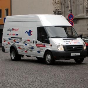 Solche Elektroautos fahren zur Zeit durch Köln.