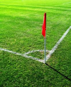 Ecke, Strafraum, Abseits - Wissen ist auch beim Fußball Macht. Foto: Rainer Sturm / pixelio.de