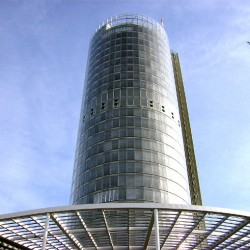 Der RWE-Tower in Essen. Foto: pixelio