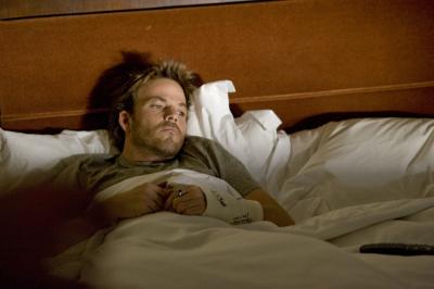 Johnny Marco (gespielt von Stephen Dorff) nach einer durchzechten Nacht.