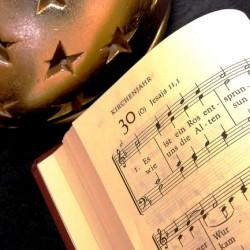 Weihnachtszeit ist Liederzeit. Quelle: Birgit Winter/ Pixelio