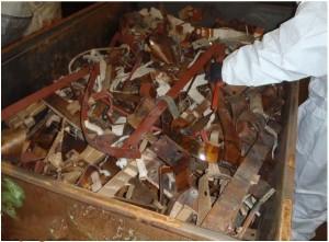 Solche Gebinde musste die Firma Taberg auf feinste PCB-Spuren untersuchen. Foto: Taberg Ingenieure GmbH