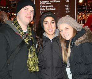 Chris Kaufmann (28), Ani Tramblian (20) und Ludovica Palandrani (21); Foto: Anna Hückelheim