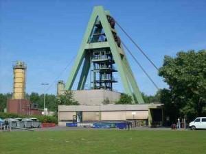 Ein Schacht der Zeche Auguste Victoria, Marl: Was passiert, wenn hier die letzte Schicht zu Ende ist? Foto: Dortmund2008/wikicommons
