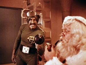 Ein Alien vom Mars hat es auf den Weihnachtsmann abgesehen. Foto: YouTube