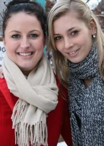 Ann-Kathrin und Mareike wussten von dem eingeschränkten Mensaangebot nichts. Foto: Anna Hückelheim