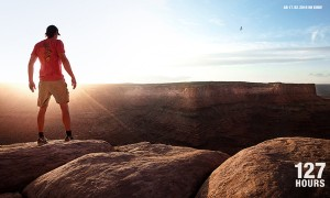 Aron Ralston (James Franco) ist ein Adrenalin-Junkie. Ganz allein klettert er in den einsamen Gebirgen Utahs.