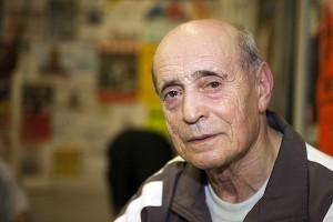 Dimitri Kirnos (75) ist seit zwei Jahren Christinas Trainer. Foto: Matthis Dierkes