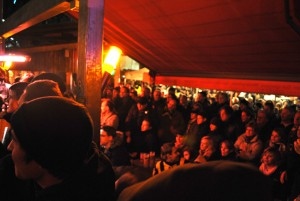 Voll war die Hütte nicht nur im Stadion, sondern auch im Biergarten nebenan. Foto: Jannik Sorgatz