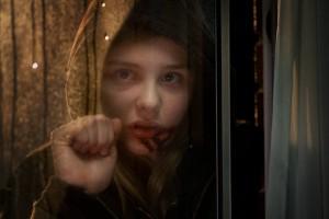 Abby (Chloe Grace Moretz) ist kein gewöhnliches Mädchen.