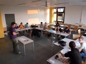 Im Debattierclub geben die Studenten ihren rhetorischen Fähigkeiten den letzten Schliff. (Foto: Andreas Bäumer)