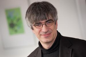 Professor Metin Tolan unterstützt den Plan des AStA. Foto: Jürgen Huhn