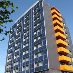 Studentenwohnheim Veledastraße Essen mit Photovoltaikanlage an der Fassade
