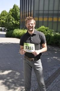 Jan-Philipp Müller präsentiert stolz die neue Rekordteilnehmerzahl. Foto: Emmanuel Schneider