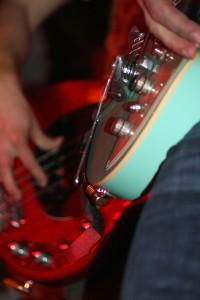 Herr Paschulke_Gitarren; Foto: Melanie Meyer