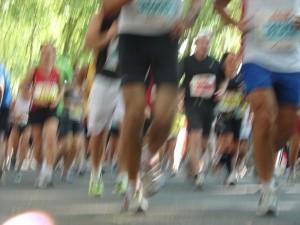 Laufend zum Erfolg - laut Michele Ufer ist Sport der beste Erfolgsgarant. Foto: pixelio.de/Chista Nohren
