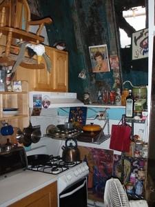 Das selbstgebaut Bungalow auf dem Apartmenthaus von innen. Foto: Pauline