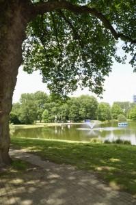 Im Fredenbaumpark kommt jeder auf seine Kosten: Wasserratten, Sportler und Entspannung suchende.
