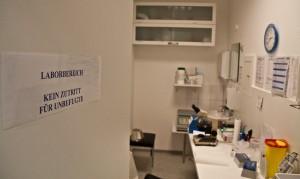 In diesem Labor wird das Sperma auf seine Qualität geprüft. Foto: Christina Trelle