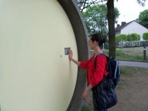Die Tür der Suite wird mit einem persönlichen Zahlencode geöffnet, den man nach der Buchung per Email bekommt. Foto: Simone Danisch