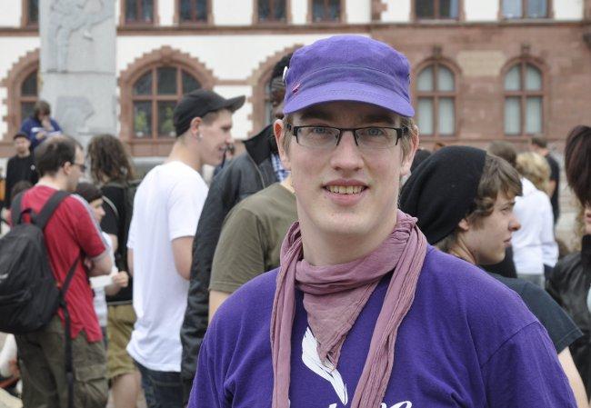 Das Thema von Oliver Lauensteins Doktorarbeit ist Nationalität und Gender, ihm steht die Thematik des Slut Walks also auch beruflich nahe. Foto: Michael Jochimsen