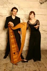 Daria Nitschke holt sich gerne musikalische Unterstützung für ihre Programme, wie den französischen Musiker Raphael Pinel. Foto: Jennifer Grasshoff.