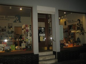 Die Buchhandlung Anton Reiser: gemütlich und überschaubar. Foto: Lena Westhoff