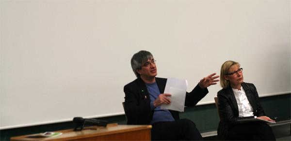 Prof. Dr. Metin Tolan (Prorektor Studium) und Rektorin Prof. Dr. Ursula Gather stellten sich der Kritik