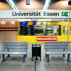 U-Bahn Haltestelle an der UDE: EVAG ist für den Studentenansturm gerüstet.  Foto: Florian Hückelheim