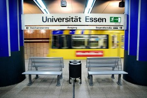 An der Universität Duisburg-Essen ist der Streit um die StuPa-Wahö verhärtet.