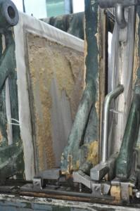 Im Maischefilter werden die festen von den flüssigen Bestandteilen getrennt.