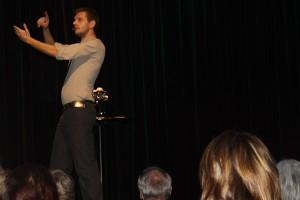 Comedy oder Kabarett: Florian Schroeder legt sich nicht fest. Fotos: Timo Baudzus