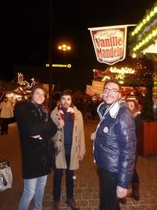 Die Gruppe aus Spanien war zum ersten Mal auf dem Dortmunder Weihnachtsmarkt. Foto: Alberto Sisi Sanchez