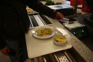Mit der Unicard das Mensa-Essen bezahlen machen immer noch nicht viele. Foto: Anastasia Mehrens