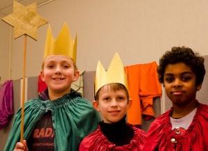 David, Ilia und Ilias aus der Gemeinde St. Franziskus als Caspar, Melchior und Balthasar. Fotos: Lara Eckstein