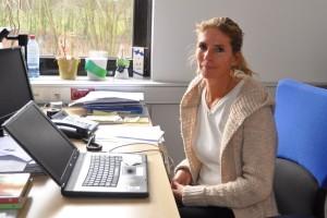 Sabine Krüger vom Dortmunder Sportinsitut bringt ihren Studierenden Life Kinetik bei. Foto: Emmanuel Schneider