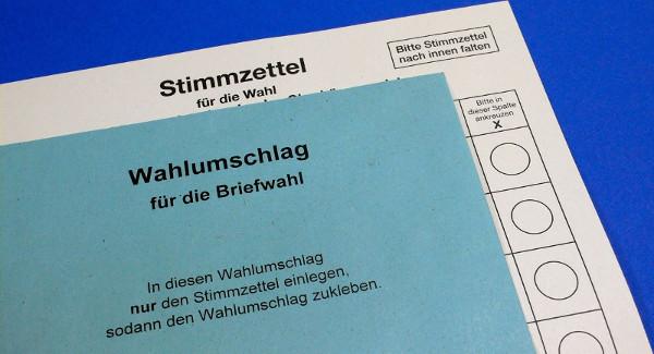 Wer die Briefwahlunterlagen schon zu Hause hat, kann sich damit sogar bis Sonntag abend Zeit lassen. Foto: pixelio.de/Florentine