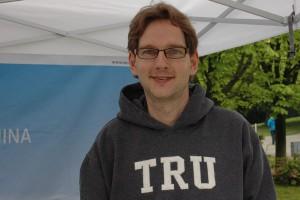 Erik Mattusch arbeitet seit einem Jahr für den IEC.