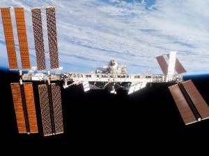 Auf der internationalen Weltraumstation ISS wird in Schwerelosigkeit geforscht. Gekostet hat die ISS allerdings 100 Milliarden Euro. Foto: NASA